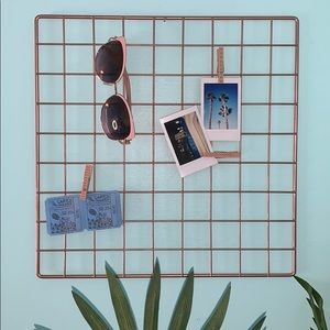 Other - Metal grid wall decor
